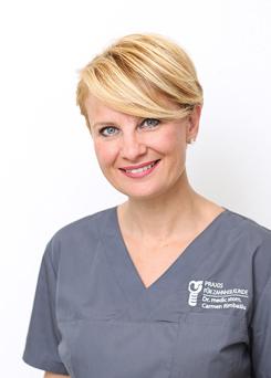 Carmen Rimbasiu Portrait - Ihre Praxis für Zahnheilkunde - Zahnarztpraxis doctor-medic Carmen Rimbasiu in Essen Kray
